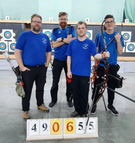 Recurve-Team: Olaf Nessensohn, Jürgen Offermann, Roman Hartmann, Tamino Offermann